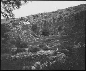 Glasplattendia el-chadr u. Höhle bei banias [banyas]