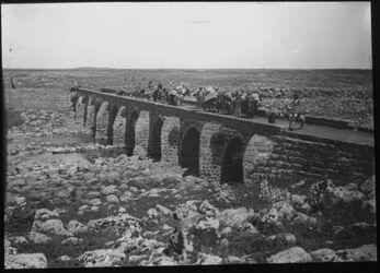 Glasplattendia Brücke über Jarmuk