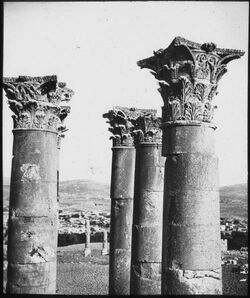 Glasplattendia Artemistempel, Geras [Gerasa]