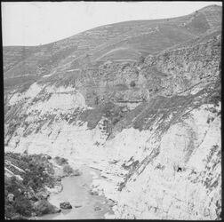Glasplattendia Steilufer des Jarmuk bei el hamme