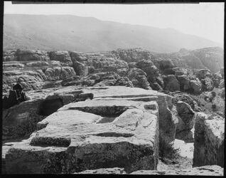 Glasplattendia Altar v. zibb atuf [Petra]