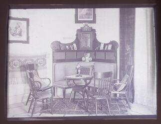 GDIn00180; Planfilmnegativ; [Interieur], gehört zum Umschlag [1.18]
